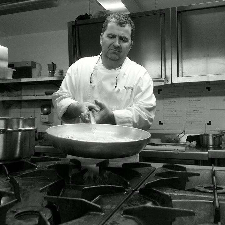Della commenda in cucina regna lo chef antonio abbruzzino - Chef cucine catanzaro ...
